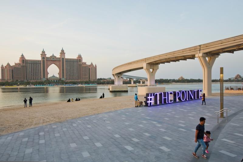 7bc3942c4 وتشهد المدينة خلال مفاجآت صيف دبي، تخفيضاتٍ تتراوح بين 25 – 75 في المئة،  على أكثر من 300 علامة تجارية في 3،500 متجر مشارك على مدى ستة أسابيع، كما  تشهد مراكز ...