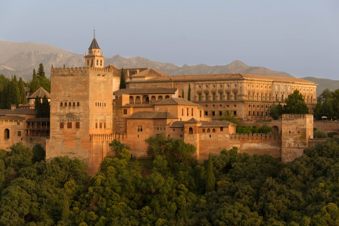 قصر الحمراء شاهد على روعة الحضارة الإسلامية  Hamrraa%20%2820%29