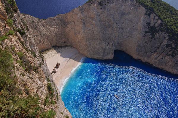 السفينة أجمل شاطئ على كوكب الأرض